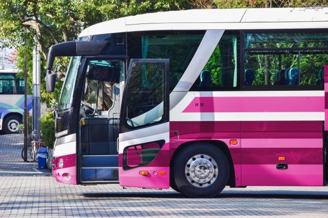 モネの池への電車での行き方 バスへの乗り継ぎや時刻表などご紹介