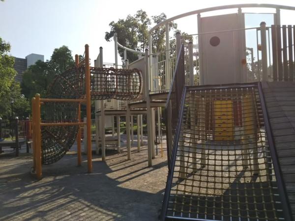 大垣公園の遊具